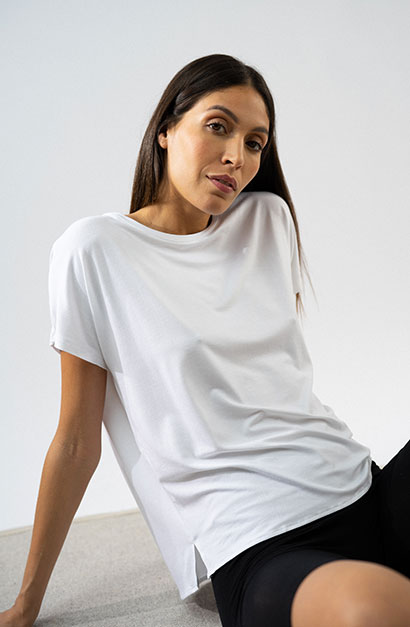 Active Wear Caspule Collection -    Majestic Filatures presents its new capsule collection SS21 - chic, effortless & comfortable for a resolutely casual and feminine style.   A capsule collection dedicated to comfort and well-being, made from natural materials. This collection will accompany you for your yoga sessions, relaxation, and beyond...