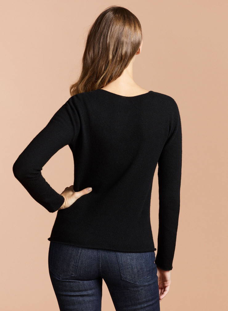 V-neck Eco Cashmere sharp edge Sweater