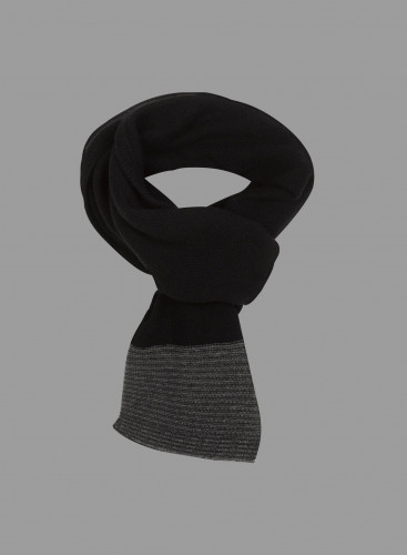 Striped finish Scarf