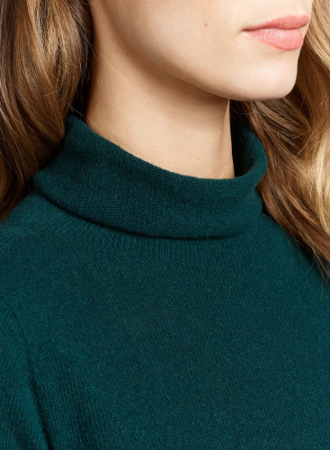 Stand-up collar Eco Cashmere sharp edge Sweater