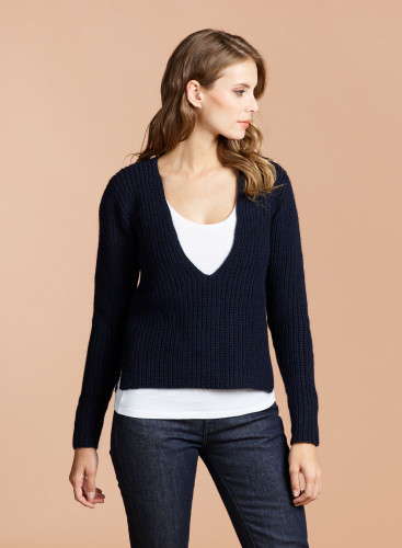 V-neck and tank top Sweater and tank Top