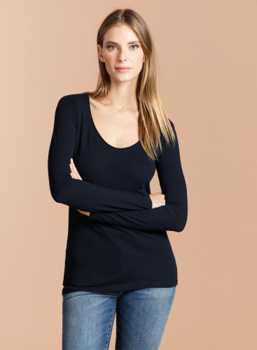 Carmen Scoop Neck T-Shirt