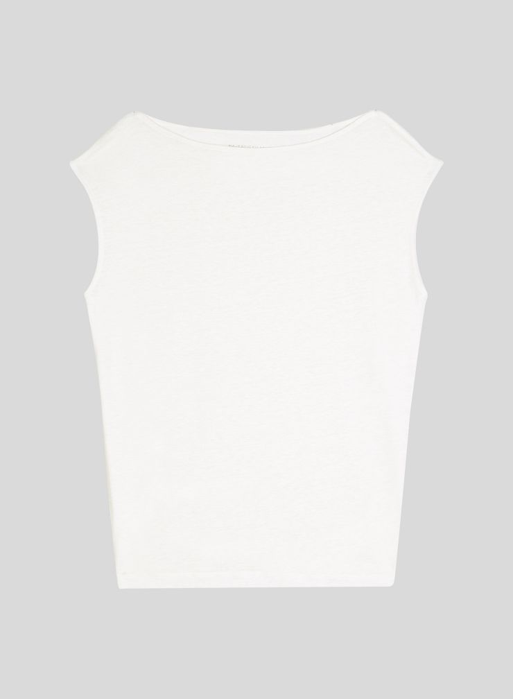 Sleeveless boat neck T-shirt