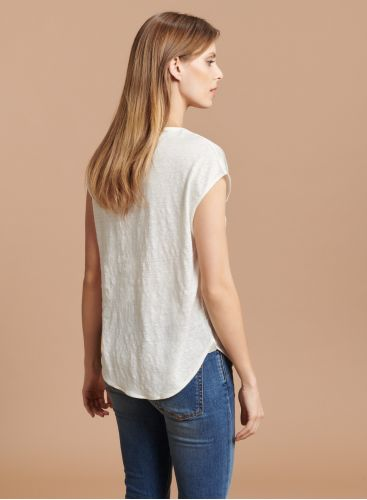 V-neck sleeveless T-shirt with silk panel