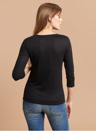 V-neck 3/4 sleeves T-shirt
