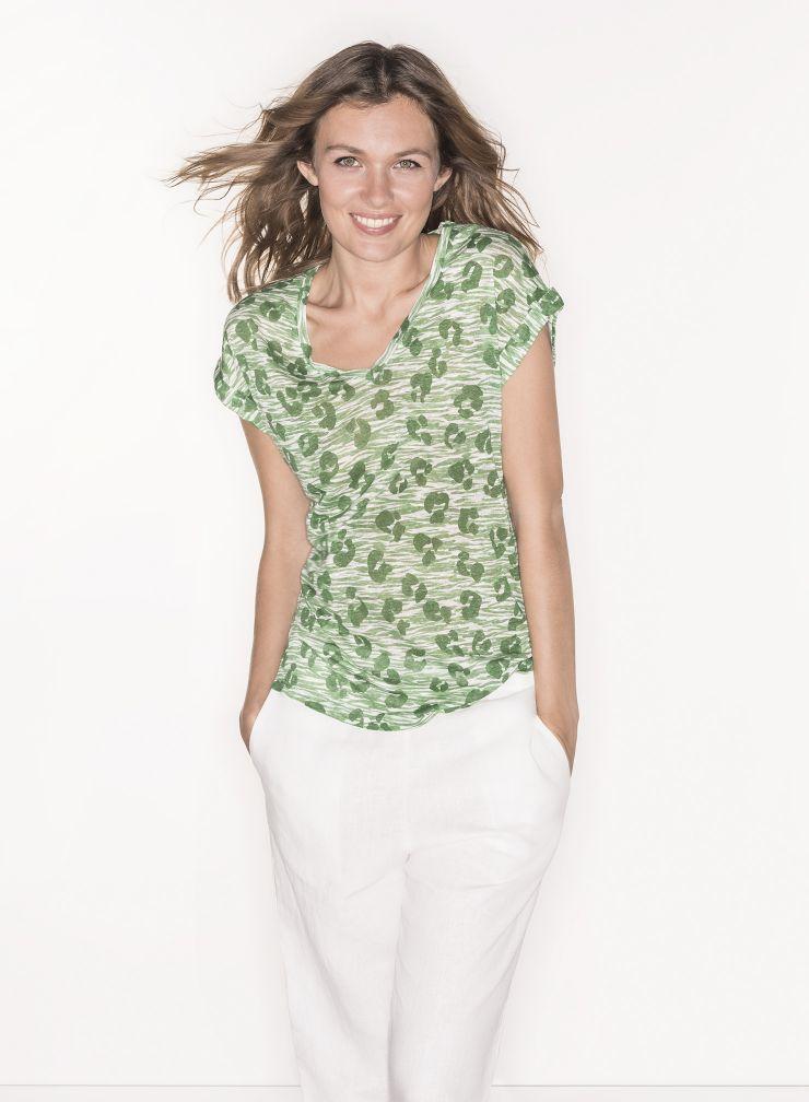T-shirt col V imprimé léopard