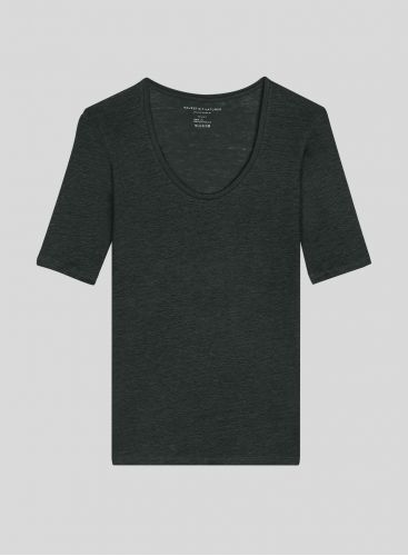 U-neck T-shirt with elbow sleeves