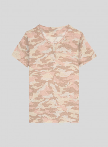 Camo printed tunisian collar T-shirt