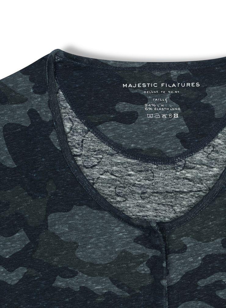 Camo printed tunisian collar T-shirt