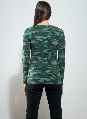 V-neck camo print T-shirt