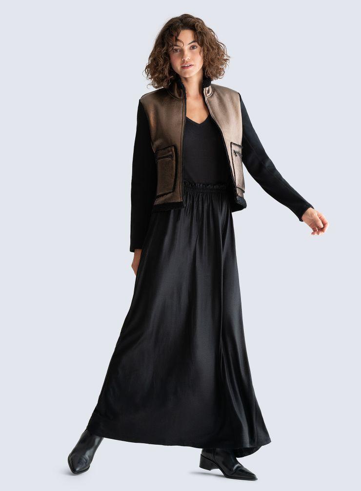 Long shimmering Skirt