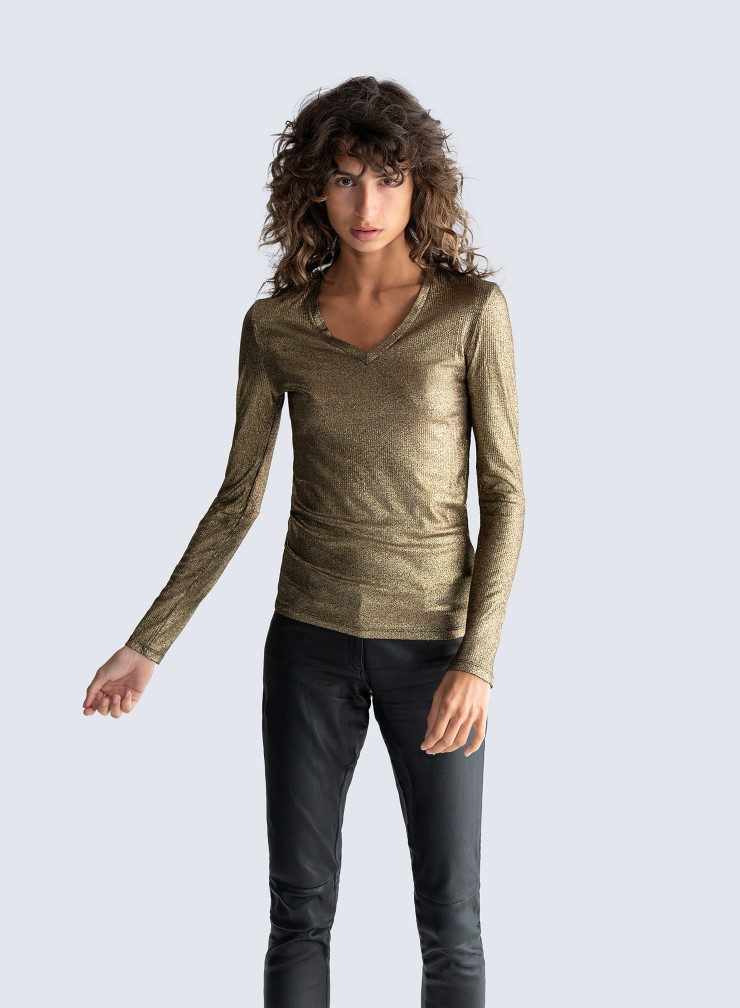 T-shirt col V côtelé métallisé