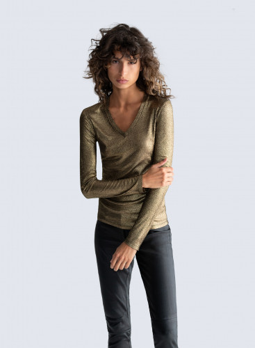 V-neck shimmering ribbed T-shirt