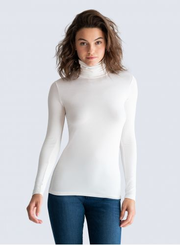 Amy Turtleneck T-Shirt