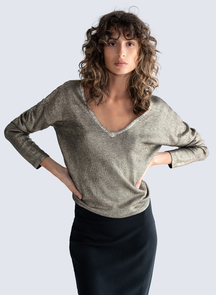 V-neck & back shimmering Sweater