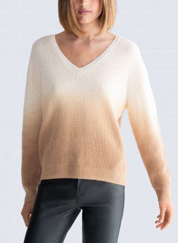 V-neck dip dyed Sweater