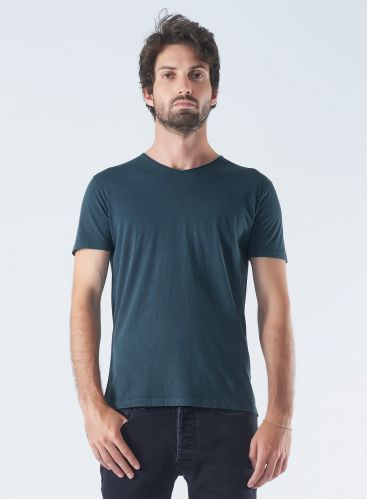 V-neck hand dyed T-shirt