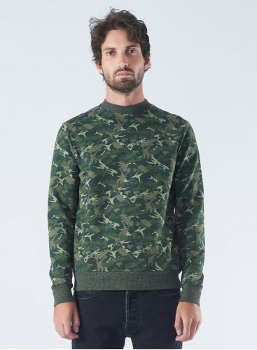 Round neck Camo Sweater