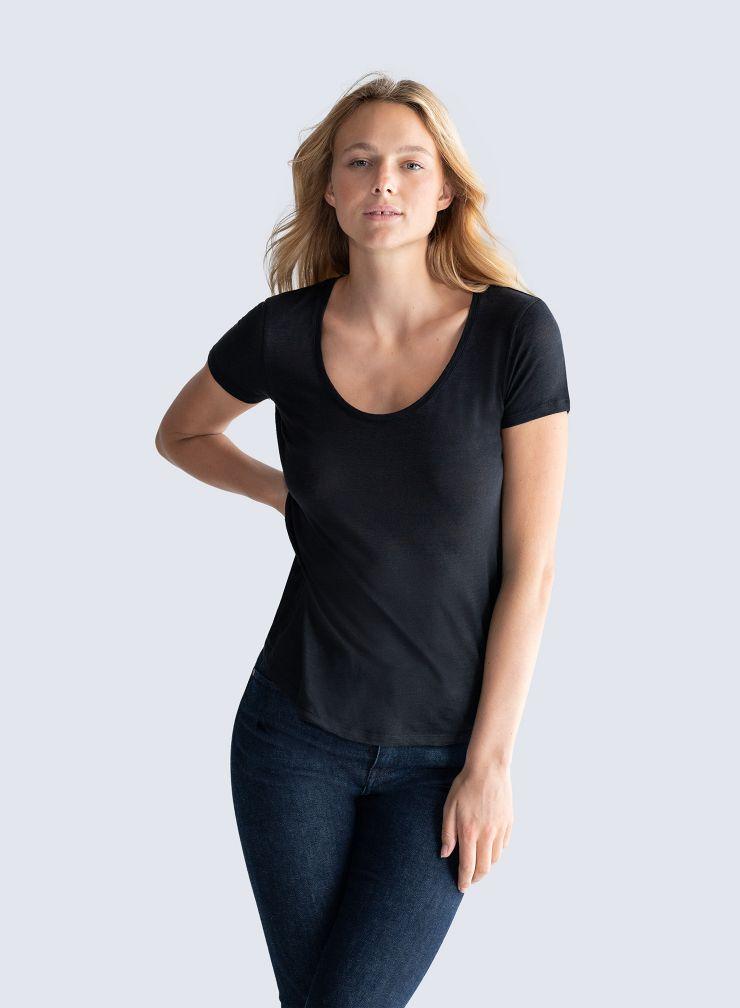 U-Neck T-shirt
