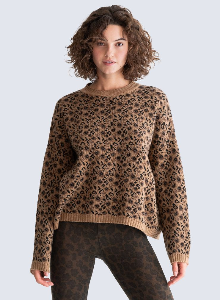 Round neck leopard jacquard Sweater