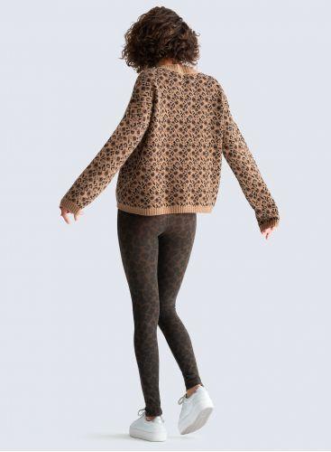 Round neck leopard jacquard Sweater