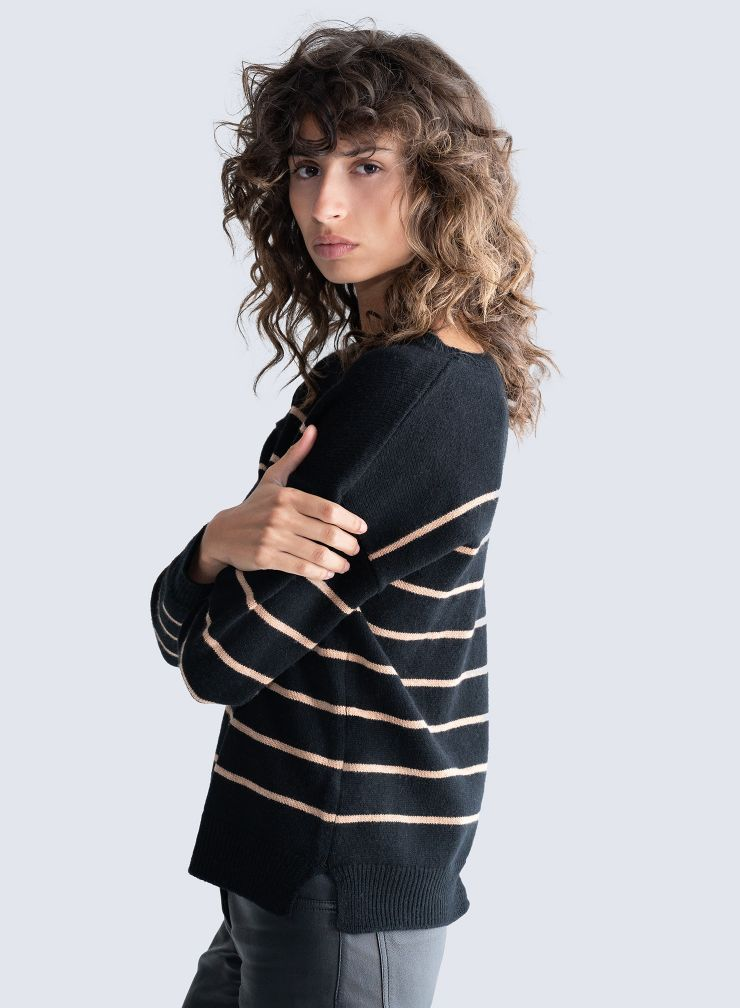 Sailor neck striped Sweater