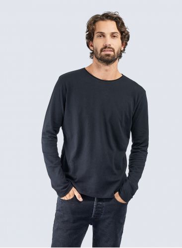 Round neck hand dyed rolled finish T-shirt