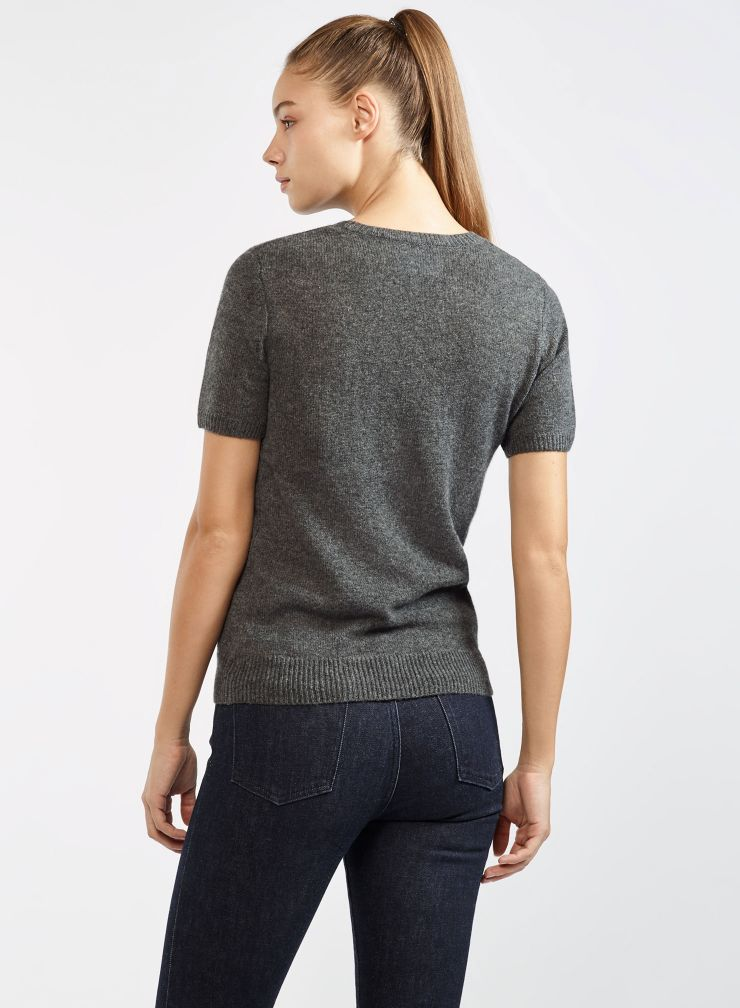 Short sleeve round neck sweater