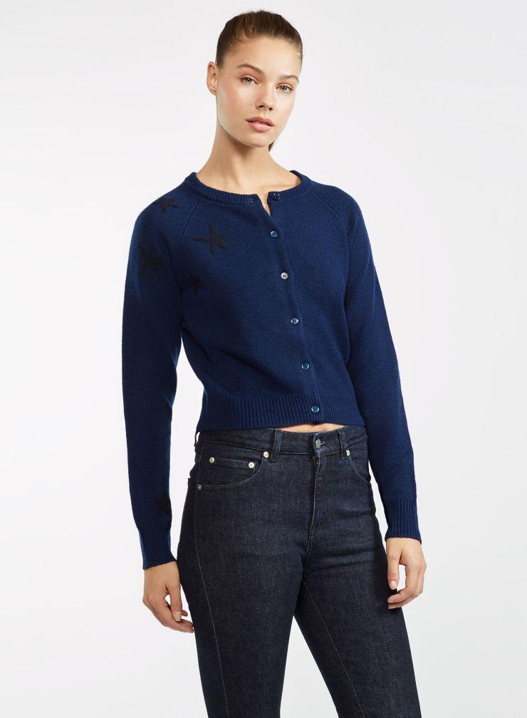 Short round neck sweater