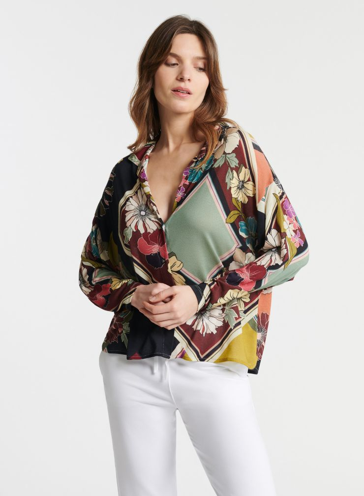 Graphic floral print shirt