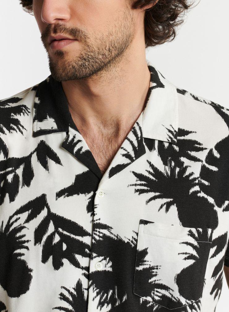 Man - Short sleeve palm tree print shirt