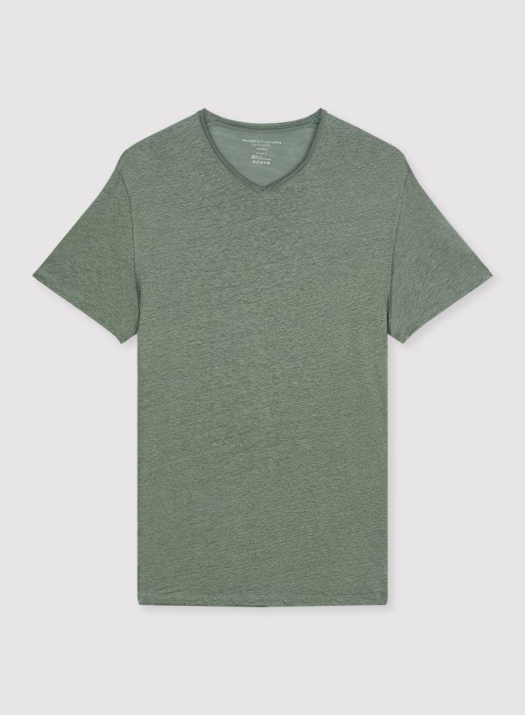 Man - V-neck T-shirt