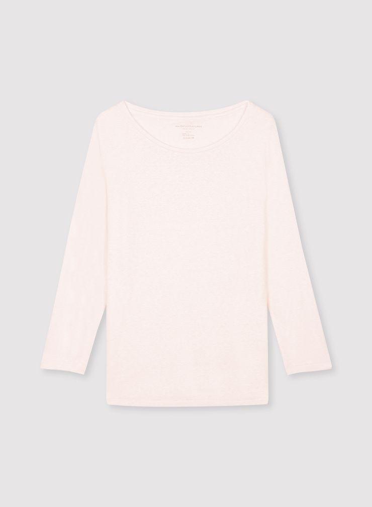 3/4 sleeve boat neck T-shirt