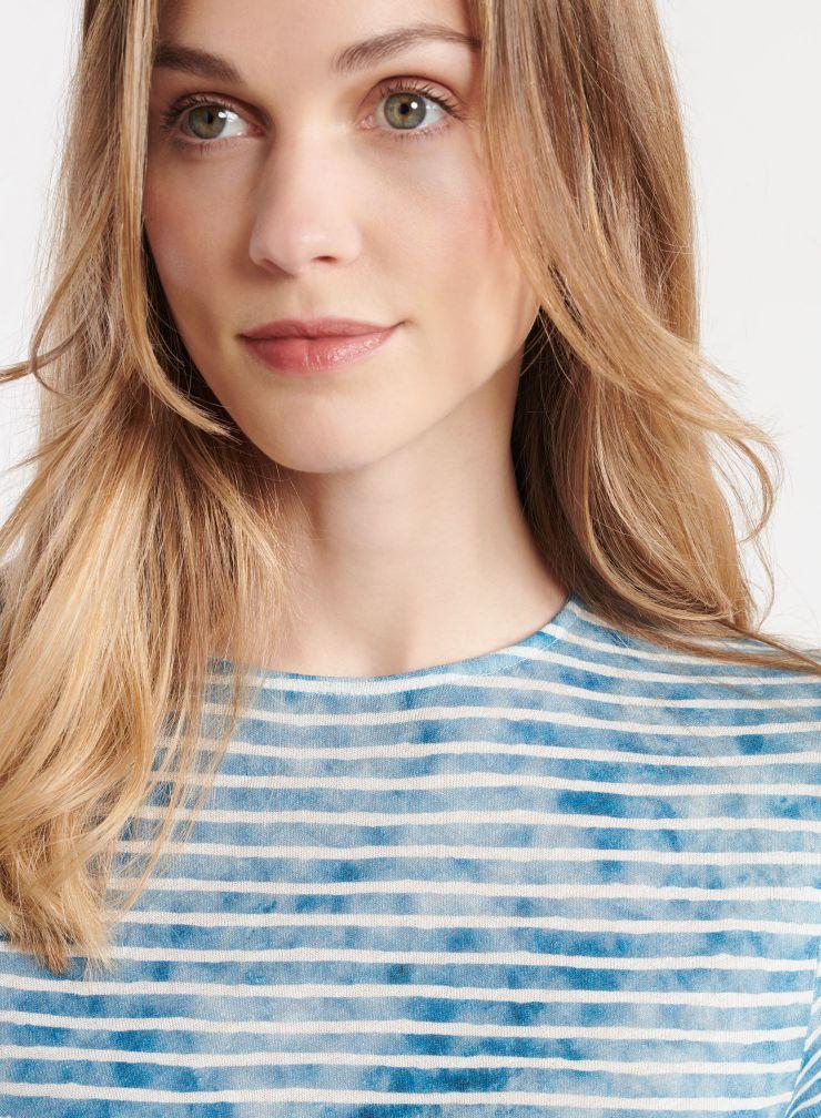 Round neck striped T-shirt
