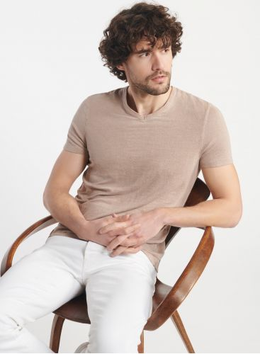Man - Hand dyed V-neck T-shirt