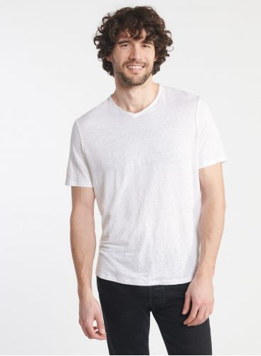 Man - V-neck T-shirt