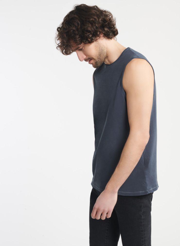 Homme - T-shirt col rond sans manche finition roulottée