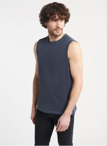 Man - Rolled finish round neck T-shirt