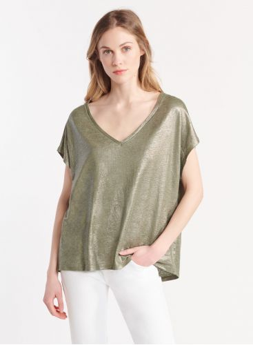 Shimmering V-neck T-shirt