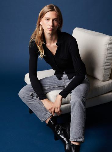 Anya Button-V Blouse