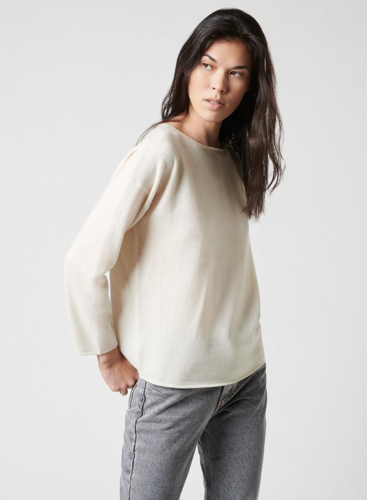 Boatneck sweater