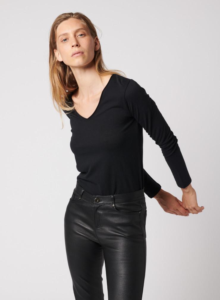 T-shirt col V finition roulottée Carole