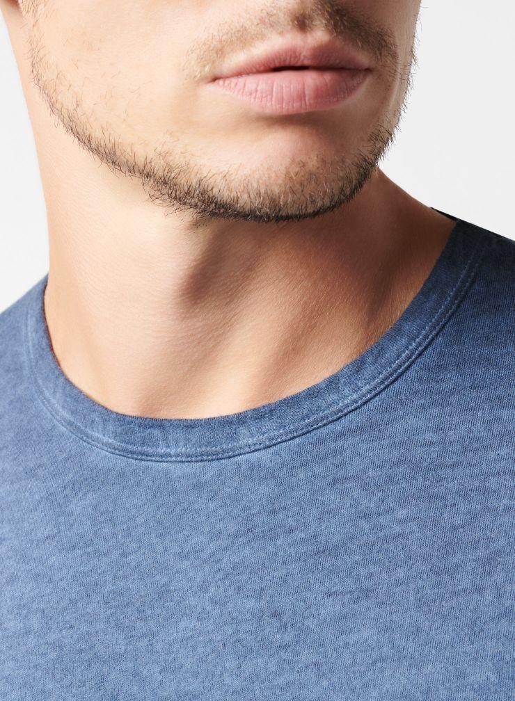 Long sleeve round neck T-shirt
